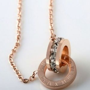 Jewelry - Crystal Roman Numerals Loop Necklace Gold